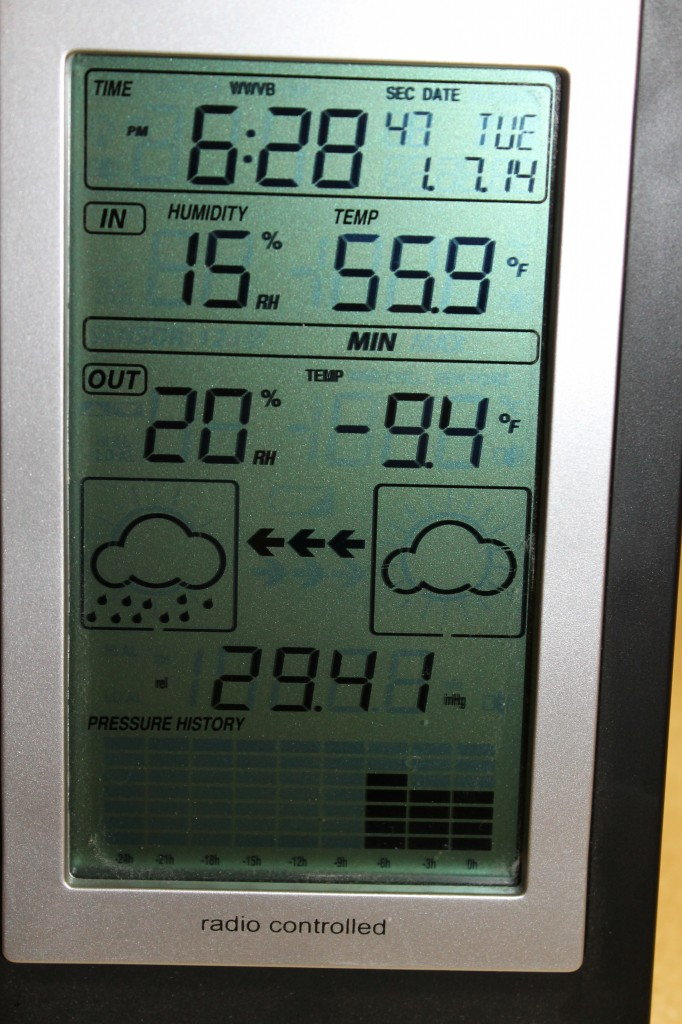 Thermometer showing minimum temperature from last night (-9.4oF).